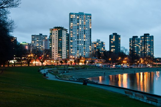 01-91-fn_20110122_vancouver_222