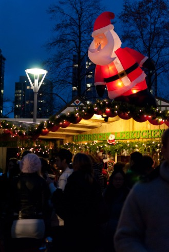 14-fn_20101129_vancouver_456