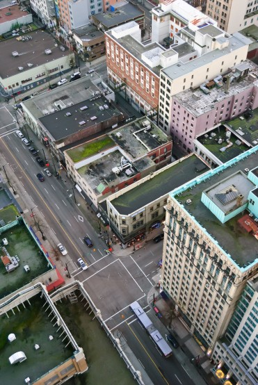 01-893-fn_20110109_vancouver_010