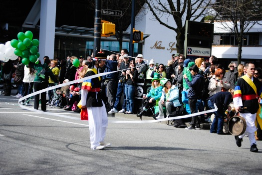03-196-fn_20110320_vancouver_425
