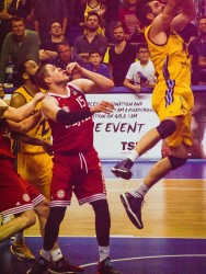 20150604_Basketball_00402-bob
